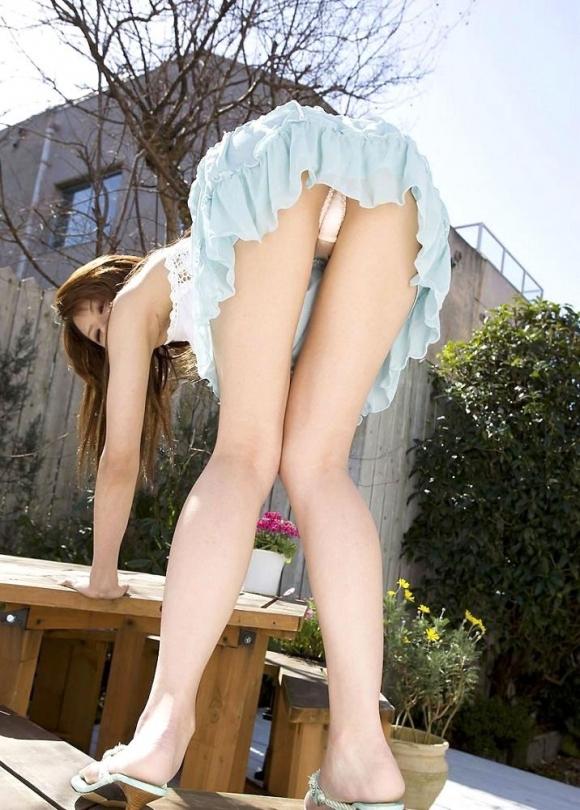 【脚フェチ】こんな自慢できる美脚を持つ女の子を彼女にしたいwwwwwww【画像30枚】07_201711040044235f8.jpg
