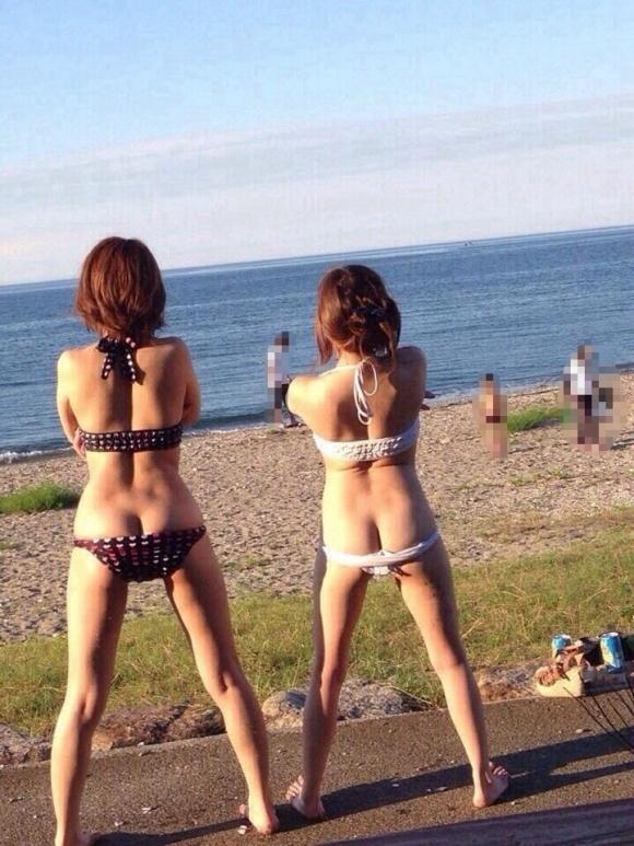 【素人水着画像】今年の夏は海でふざけてるパリピギャルを生で見たいwwwwwww【画像30枚】07_20180612003103605.jpg