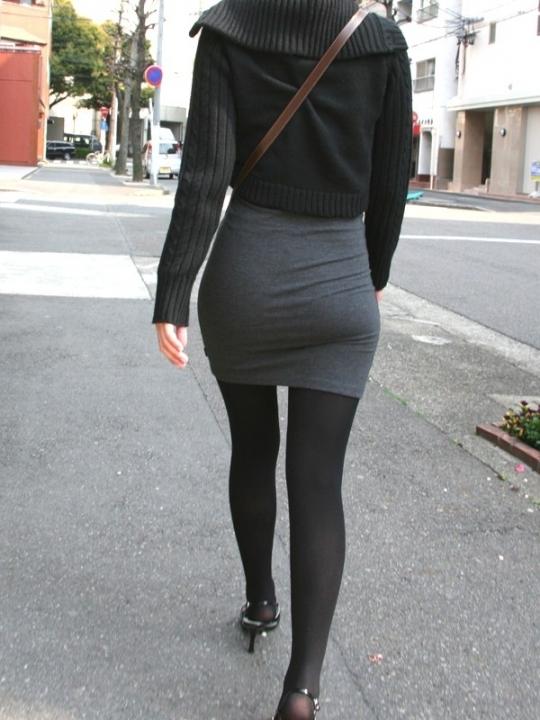 タイトスカートのおしりってくっそエロいよなwwwwwww【画像30枚】08_201805270048597c6.jpg