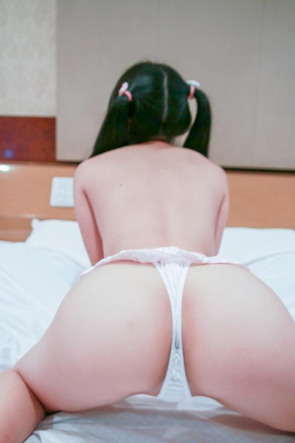 背徳感を感じるwwwツインテールの女の子のエロさwwwwwww【画像30枚】09_201807051729307a9.jpg
