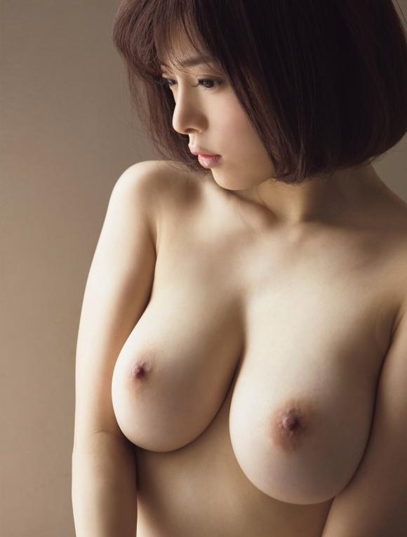 【美乳万歳】美女のおっぱいってなんでこんなに素晴らしいんだろう!wwwwwww【画像30枚】10_2018042901221821f.jpg