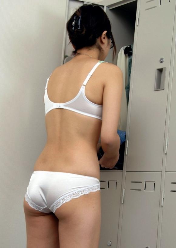 ガチで女子更衣室を覗き見したい男に送る盗み撮り画像が優秀wwwwwww【画像30枚】10_20180618013312259.jpg