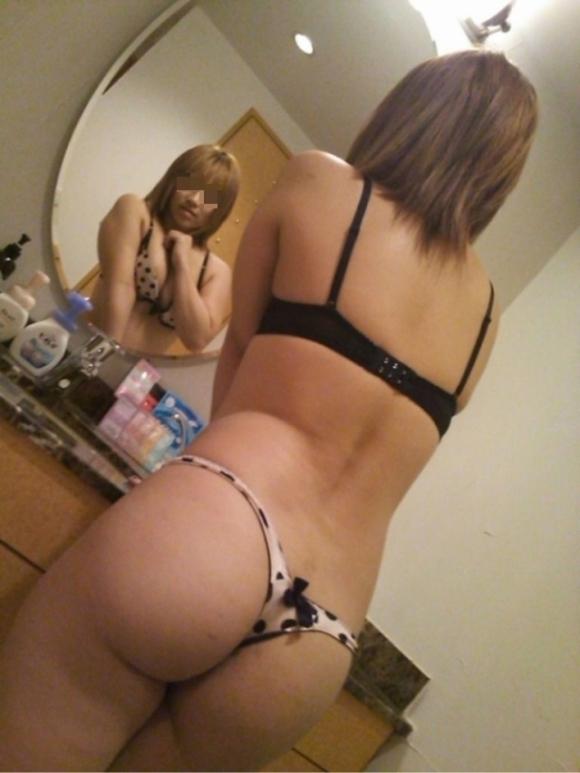 【流出画像】可愛い彼女の下着姿を撮ったから見てくれ!wwwwwww【画像30枚】11_20180703191805a19.jpg