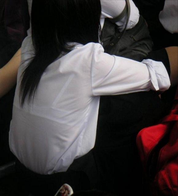 【女子校生】薄着になる夏はJKの透けブラを大量ゲットできる季節wwwwwww【画像30枚】11_20180726004011dca.jpg