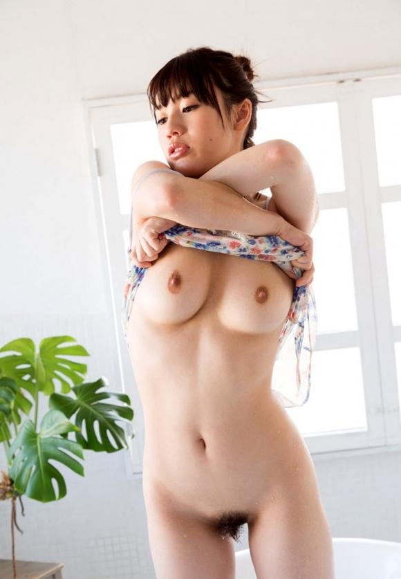 【脱衣中】女の子が服を脱いでる脱衣画像が結構エロいwwwwwww【画像30枚】12_20180117015156b60.jpg
