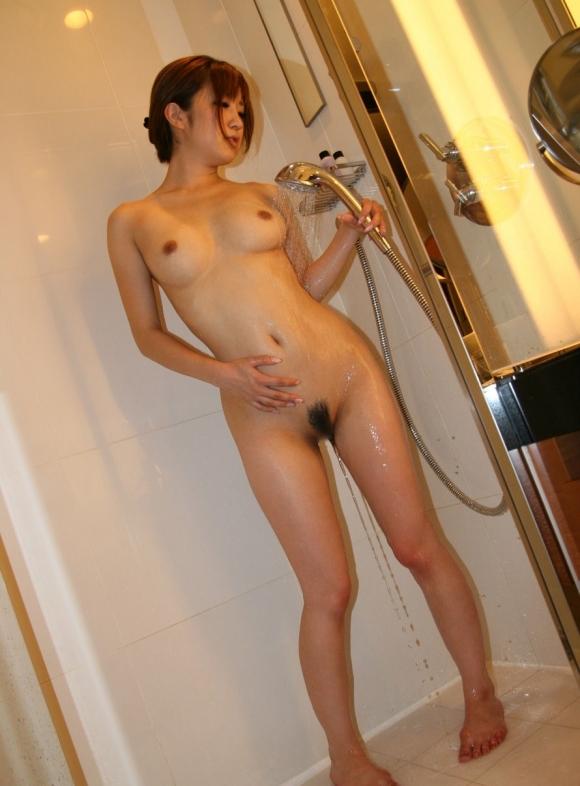 【入浴中】シャワー浴びてる色っぽいお姉さんがヤベェェェwwwwwww【画像30枚】12_201803310111106db.jpg