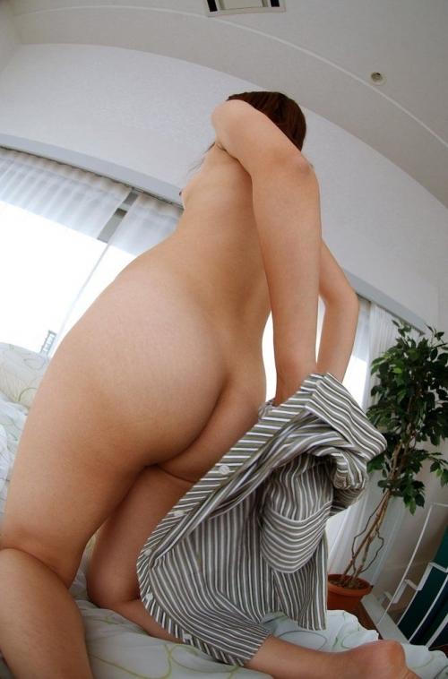 【脱衣中】女の子が服を脱いでる脱衣画像が結構エロいwwwwwww【画像30枚】13_20180117015157d51.jpg