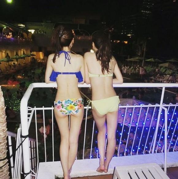 エロい感じの女の子が集まるナイトプールがアツい!wwwwwww【画像30枚】13_20180622014739992.jpg