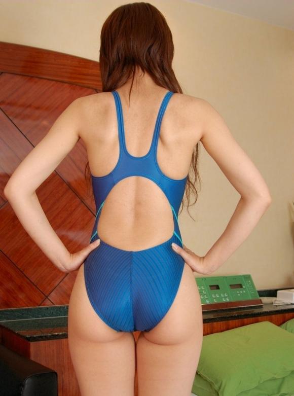 ピタっとした競泳水着のおしりのラインがエロすぎるwwwwwww【画像30枚】14_2017103000575545f.jpg
