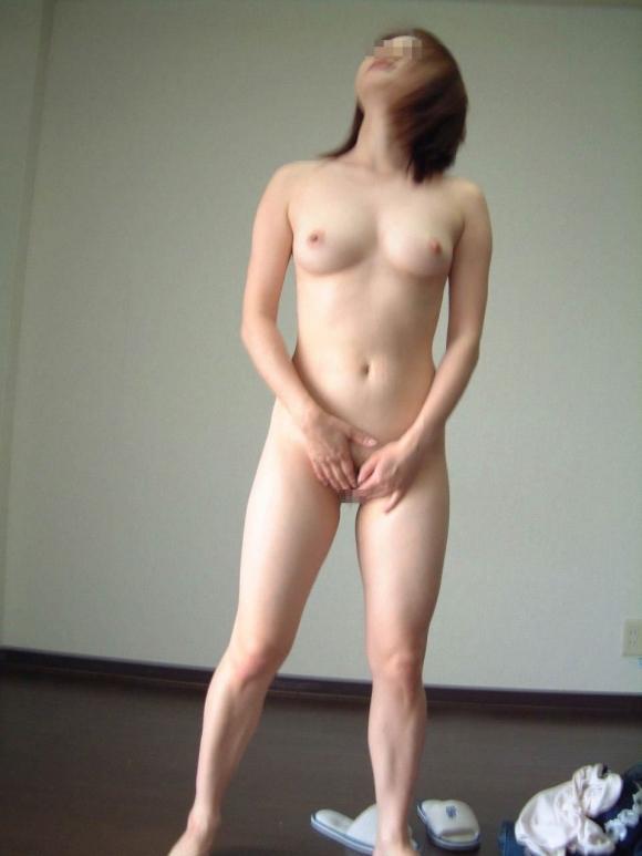 【リアルガチ】やっぱ他人の彼女の裸画像ってくっそヌケるわwwwwwww【画像30枚】14_20171225012502482.jpg