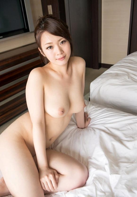 【誘惑】こんな美女にベッドから誘われて断れるヤツいんのか?wwwwwww【画像30枚】15_20180217011358999.jpg