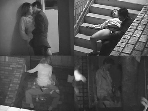 【青姦】野外でセックスしてるカップルを赤外線で盗撮wwwwwww【画像30枚】15_201809121733316a2.jpg