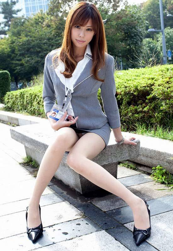 モデル級の美脚を持つ美女のスタイルに驚愕wwwwwww【画像30枚】16_201801221816432bb.jpg