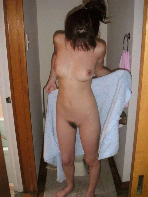 【流出画像】素人のお風呂上がりの姿ってくっそエロいよなぁ~wwwwwww【画像30枚】16_20180813002830439.jpg