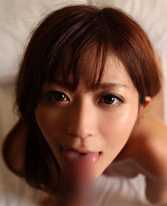 【フェラチオ】舌でペロっとイヤらしく舐める女の子がエロいwwwwwww【画像30枚】18_20180613004918503.jpg