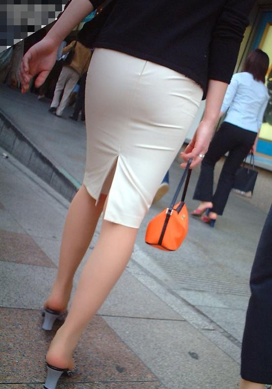 OLさんのタイトスカートがくっそエロいから貼ってくwwwwwww【画像30枚】20_2017120623350882d.jpg