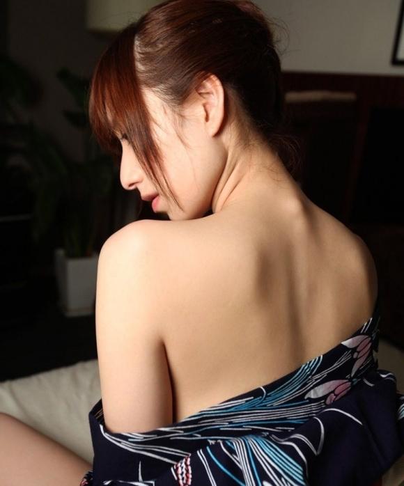 女性のうなじってエロスの塊だよなwwwwwww【画像30枚】20_20180726232153cef.jpg