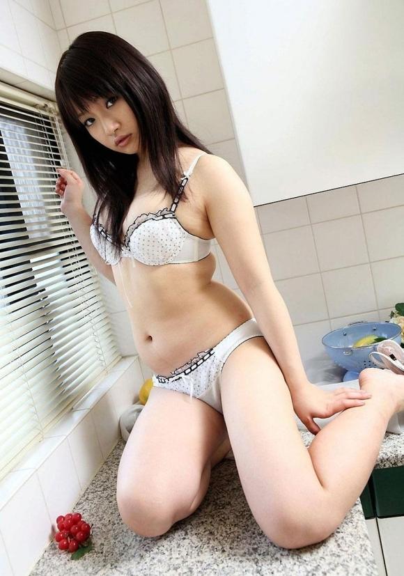 癒しのセクシー美女下着画像wwwwwww【画像30枚】21_20171109024747649.jpg