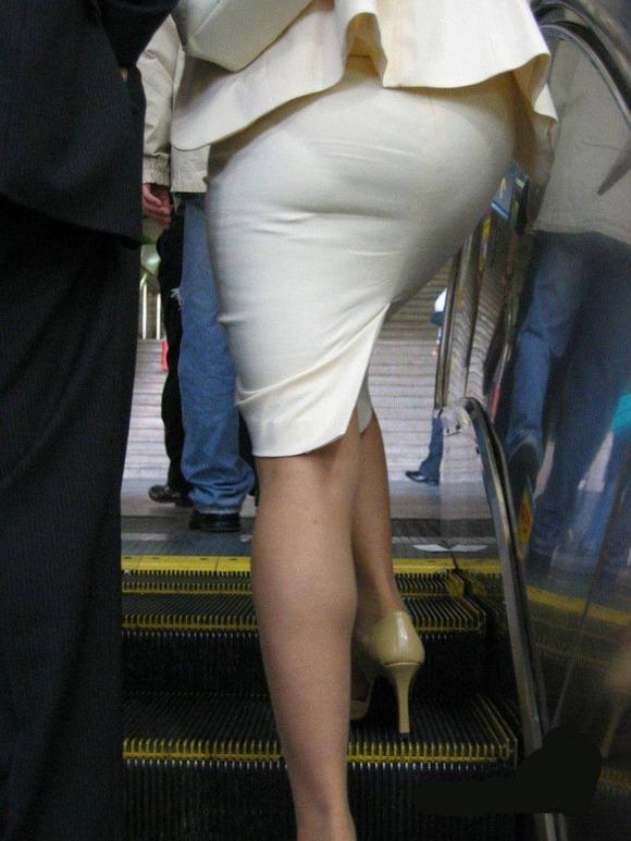 タイトスカートのおしりってくっそエロいよなwwwwwww【画像30枚】21_2018052700505685c.jpg