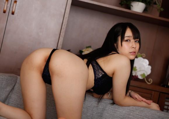 セクシーさが際立つ黒下着の女の子!【画像30枚】21_20180712011448d05.jpg