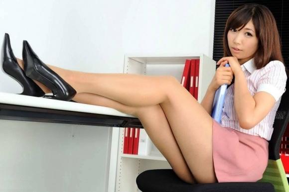 モデル級の美脚を持つ美女のスタイルに驚愕wwwwwww【画像30枚】22_20180122181737c17.jpg