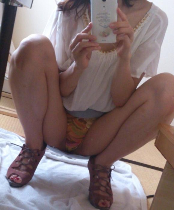 【ミラー女神様】素人女子が鏡を使って自撮りしてるのがくっそエロいwwwwwww【画像30枚】22_2018082715054147a.jpg