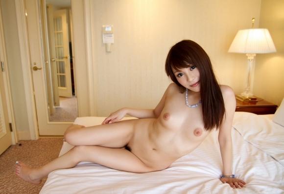 【誘惑】こんな美女にベッドから誘われて断れるヤツいんのか?wwwwwww【画像30枚】24_20180217011444c70.jpg