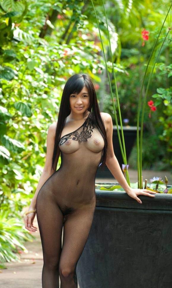 裸に網タイツってエロすぎじゃね?wwwwwww【画像30枚】24_20180828004708805.jpg