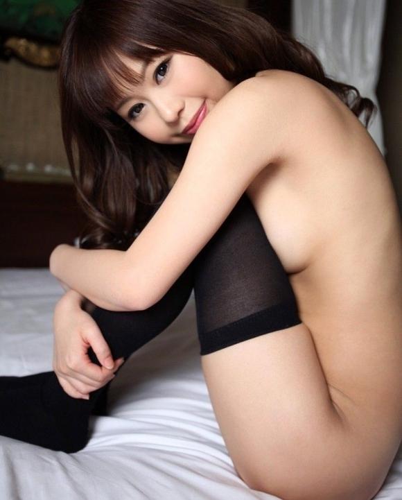 全裸なのに靴下だけ履いてるのがくっそエロいマジでwwwwwww【画像30枚】25_20171109015139d61.jpg