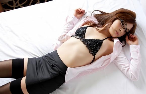 【誘惑】こんな美女にベッドから誘われて断れるヤツいんのか?wwwwwww【画像30枚】25_20180217011445a36.jpg