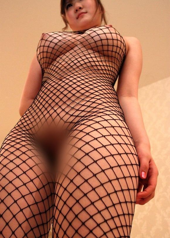 裸に網タイツってエロすぎじゃね?wwwwwww【画像30枚】25_201808280047106b4.jpg