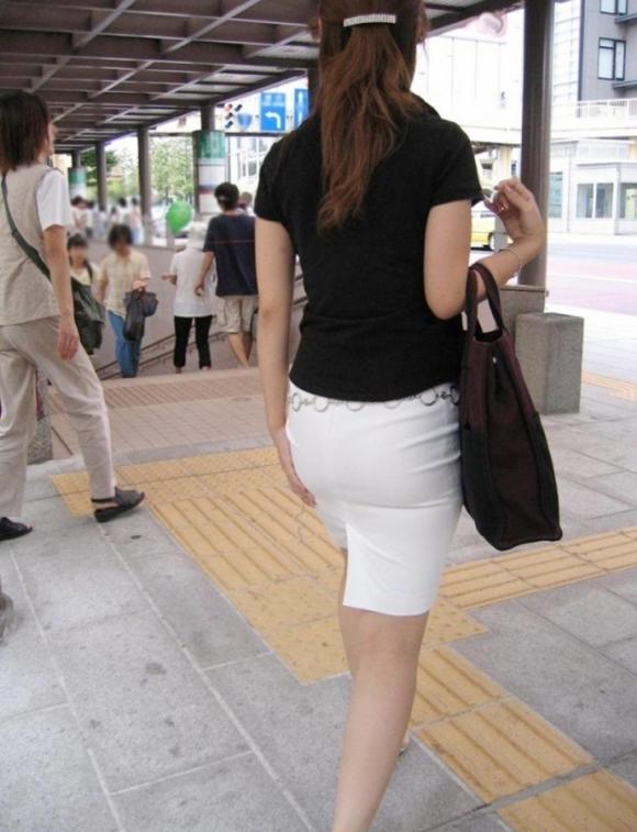 OLさんのタイトスカートがくっそエロいから貼ってくwwwwwww【画像30枚】26_20171206233553652.jpg