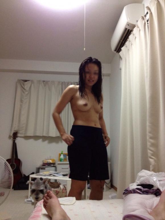 【リベポル】彼氏にエロい写真を撮られて晒された素人リベンジポルノの末路wwwwwww【画像30枚】27_201804060104012b4.jpg