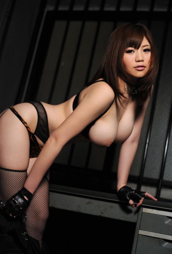 セクシーさが際立つ黒下着の女の子!【画像30枚】27_20180712011457abd.jpg