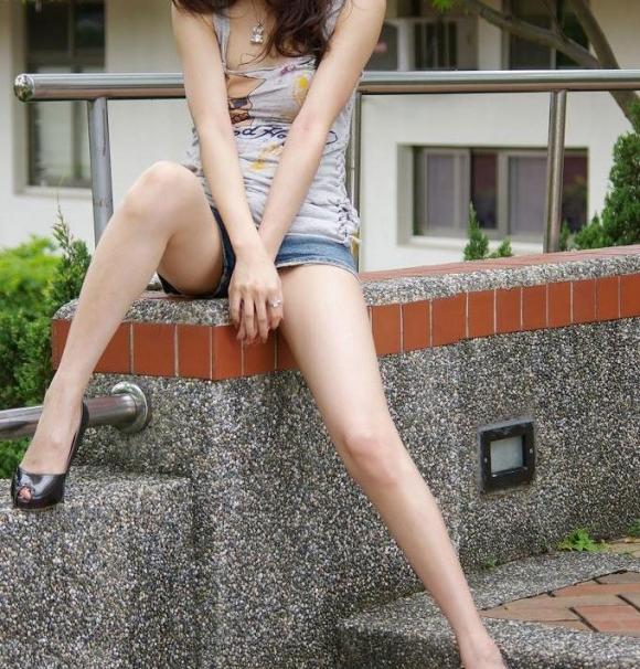 モデル級の美脚を持つ美女のスタイルに驚愕wwwwwww【画像30枚】28_201801221817468d8.jpg