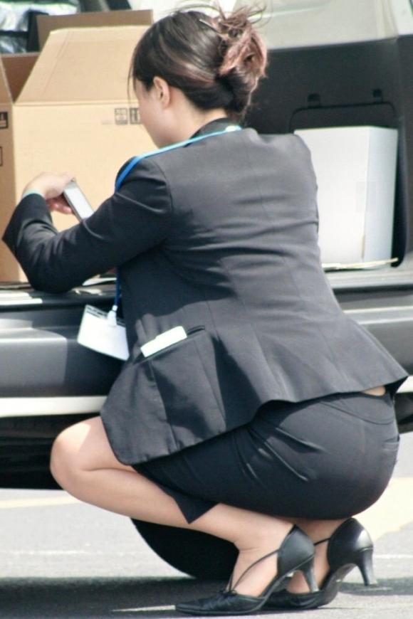 タイトスカート履いてるOLのピタっと感がエロいwwwwwww【画像30枚】30_2017120301542306d.jpg