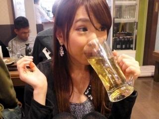 《ヤリマン》 こんな可愛い素人娘が酒乱ヤリマン?一緒に飲みてぇ~ ハメてぇ~