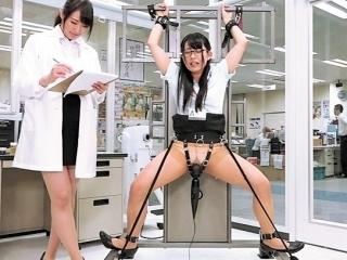 《SOD女子社員》 営業部 浅川未紗 250000回転の電マ実験に激イキ エビ反り絶叫!失神寸前!