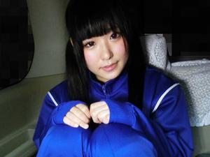 【あず希(宮村音奈)】一生懸命フェラする体操服のツインテール美少女がブルマをずらされチンポをハメられ肉便器にされてます