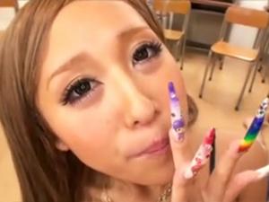 【早川メアリー(橘アイリ)】長い爪のギャルが何本ものチンポをフェラ抜きして口内発射ザーメンを連続ごっくん!