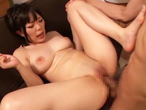 【生成うい】Hカップ爆乳若妻がパイパンマンコ突かれまくりの超乳揺れSEXでAVデビュー!