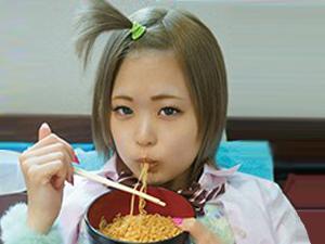 【美風藍】某都市で家出娘を無料で宿泊させる施設でSEXしながら食事する不良少女