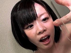 【森保さな】ミニ系巨乳の美少女が円光オヤジに種付け中出しされちゃったw
