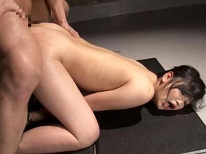 【小野寺梨紗】拘束して鼻フックで顔面を弄びアナルを拡張してアナルセックス調教