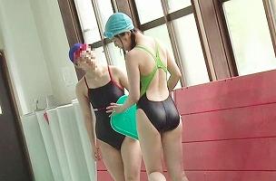 水泳をしているウブそうな女子校生にイタズラ、どこまでも追いかけ回して即ハメレ〇プする鬼畜男 【tube8】