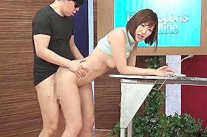【水野朝陽】 美人女子アナウンサーがニュースを読み上げながらチンポをハメられ中出しされる 【tube8】