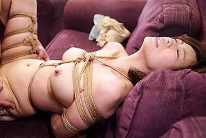 【瞳リョウ】 (寝取られ)縄で縛られ犯されることに悦びを覚えてしまった美熟女妻 【tube8】