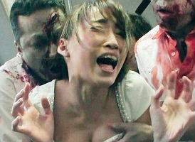 【蓮実クレア】 セクシー女優に襲い掛かるゾンビ!? バス車内で大量にいるゾンビにレ〇プされてしまう!! 【tube8】