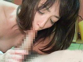 【安野由美】 50歳とは思えない美熟女の人妻がセックスレスが原因で知らない男と不倫旅行!! 【tube8】