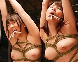 拉致した美女2人を縄で縛り快楽漬けにする! 完全に堕ちた女のマンコを激ピストンファック!! 【tube8】